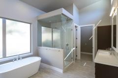 10-master-bath