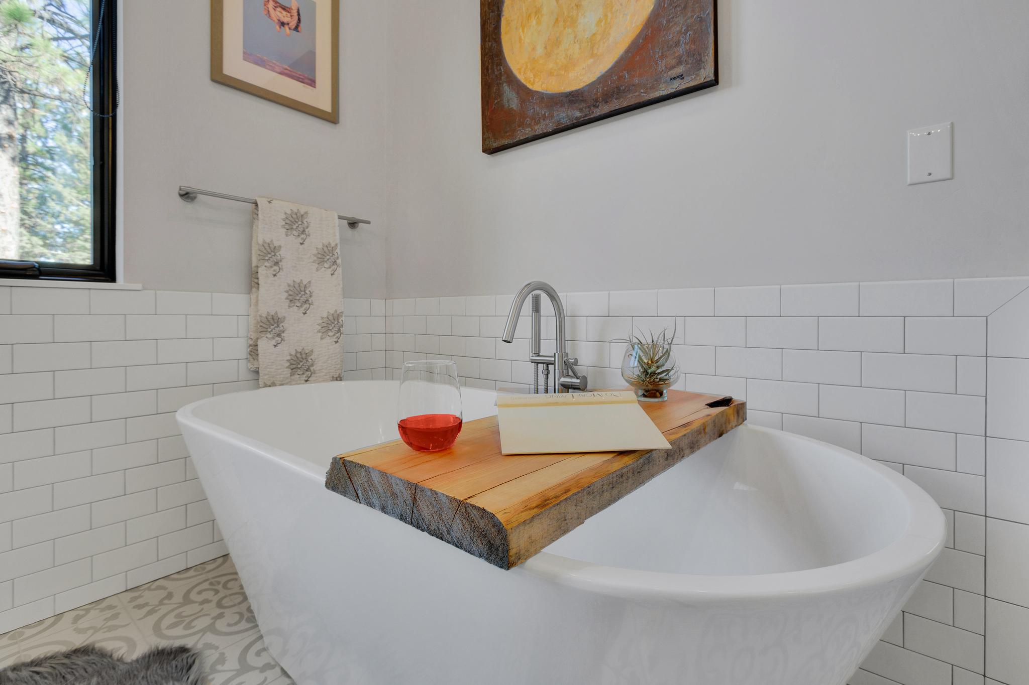 Meeks Master Bath 4 u
