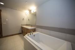 Bath-2-Mid